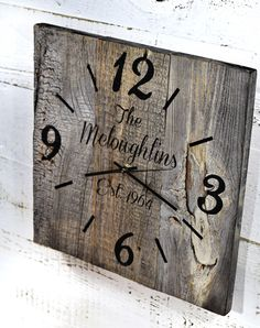 Reclaimed Barn Wood Clock Custom Clock Personalized Family Name Clock Large Rustic Wall Clock Unique Wall Clocks Pallet Clock, Wood Pallet Signs, Wood Signs, Large Rustic Wall Clock, Large Clock, Rustic Wood Decor, Rustic Barn, Rustic Farmhouse, Unique Wall Clocks