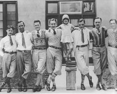 Men's suits in the 1930s were tailored to create the illusion of a large torso, with wide, padded shoulders and tapering sleeves. Trouser pa...