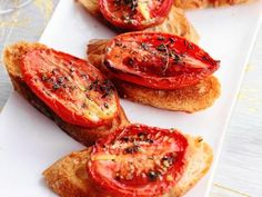 Crostini with Thyme-Roasted Tomatoes Recipe Tomato Appetizers, Holiday Appetizers, Appetizer Recipes, Holiday Recipes, Dip Recipes, Mini Appetizers, Appetizer Ideas, Holiday Treats, Christmas Recipes