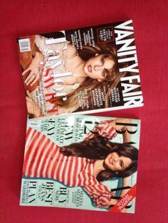 A promo BFFs em LA faz uma homenagem as talentosas e lindas Taylor Swift e Selena Gomez. Participe da enquete e concorra as revistas com as belas na capa. As materias tambem estao sensacionais. Garanto que voces vao adorar. Imperdivel participar: http://www.hollywoodeaqui.com/bffs-em-los-angeles/