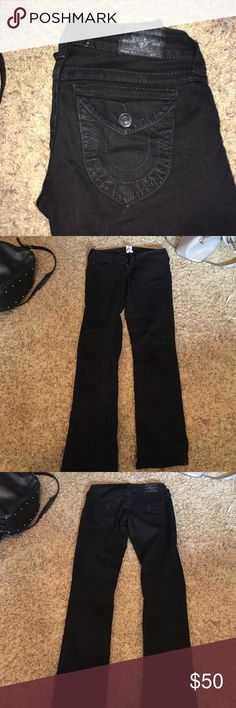 Size 25 black true religions. In great condition only flaw is on back buttons the paint is slightly chipping as shown in pictures. No rips or tears. True Religion Pants Straight Leg