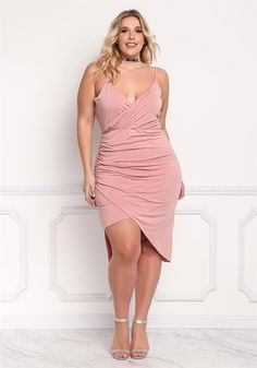 shopping-for-womens-fashion-plus-size-clothing - Womens Fashion 1 Chubby Fashion, Curvy Women Fashion, Plus Size Fashion, Girl Fashion, Womens Fashion, Fashion Beauty, Plus Size Dresses, Plus Size Outfits, Nice Dresses