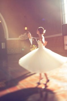 i think every bride needs to do this at least once on her day. :)