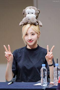 Fandom, Cosmic Girls, Squad Goals, Kpop Girls, Korean Girl, Sons, Cinderella, Disney Characters, Fictional Characters