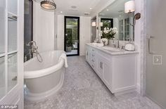 Kendall Jenner, 20, splurges $6.5 million on John Krasinski and Emily Blunt's stunning Hollywood Hills mansion | Daily Mail Online
