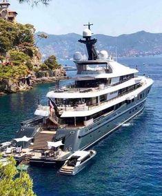 Beautiful yacht yacht 5 Best Superyacht Sidekicks You Need to Know Yacht Design, Boat Design, Speed Boats, Power Boats, Yatch Boat, Bateau Yacht, Big Yachts, Luxury Sailing Yachts, Grand Luxe