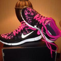 I LOVE THESE!!!!!!! Nike Free Running 5.0 V4, nike free 3.0 v4, tiffany blue nikes, tiffany free runs, hot punch nike frees, pink nike shoes
