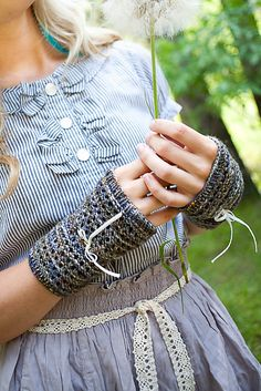 Ravelry: Lacy Inside Out Fingerless Gloves pattern by Elisa McLaughlin