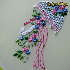 Elegant Embroidery: Flower Parasol - Today I show you how to embroider an umbrella with a bouquet of flowers. Hand Embroidery Patterns Flowers, Basic Embroidery Stitches, Hand Embroidery Videos, Embroidery Stitches Tutorial, Creative Embroidery, Simple Embroidery, Learn Embroidery, Silk Ribbon Embroidery, Hand Embroidery Designs