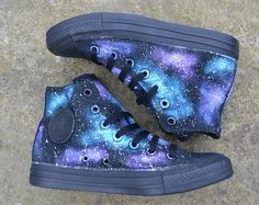 Galaxy Converse Galaxy Shoes Galaxy Hi Tops Custom Converse Nebula Converse Painted Converse Galaxy Sneakers Galaxy Trainers Converse Outfits, Mode Converse, Style Converse, Converse Sneakers, Converse All Star, Converse Chuck Taylor High, Converse High, Awesome Converse Shoes, High Top Sneakers