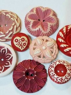 """24 Rose Pink 2 Hole Carved Flower Casein 3//4/"""" Buttons France Vintage Buttons"""
