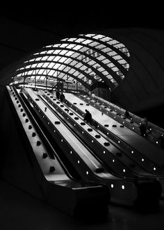 canary wharf tube station - Google Search