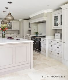 When it comes to kitchen design choosing the right appliances is key. As well as being highly practical they can be stylish features complimenting your kitchen. This Falcon Deluxe Cooker works perfectly within this space.