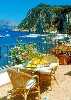 By The Sea- Al Fresco Dinning-Capri, Italy - Pyjamas Dream Vacations, Vacation Spots, Siena Toscana, Capri Italia, Beautiful World, Beautiful Places, Places To Travel, Places To Visit, Cheap Hotels