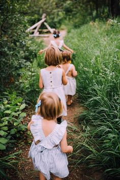 Cuteness with the girls free spirited style. Country Dresses, Love You Baby, Little Girl Hairstyles, Kid Styles, Kind Mode, Cute Kids, Kids Fashion, Fashion Ideas, Baby Kids