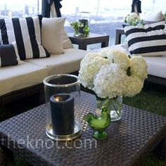 I like the lounge look here so that not everyone has to be seated at a table the whole time