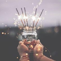 Image shared by Belemir ^_^. Find images and videos about happy, light and shine on We Heart It - the app to get lost in what you love. Sparkler Photography, Light Photography, Photography Ideas, Love Photos, Cool Pictures, New Year Wallpaper, Light Images, Christmas Mood, Light Painting