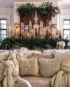 Merry Christmas, Christmas Mantels, Christmas Mood, Little Christmas, Christmas Crafts, Christmas Houses, Christmas Ideas, Christmas Farm, Natural Christmas