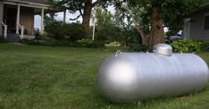 If the paint on your propane tank is beginning to look a little faded or worn, it might be time to touch it up.