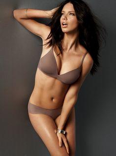 Victoria's Secret えんじぇるす(俺用):Adriana Lima - livedoor Blog(ブログ)
