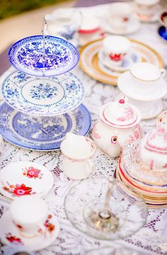 Vintage mismatched crockery is a fun way to give your tea party the perfect look!