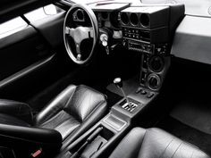 Lamborghini Jalpa P350 interior