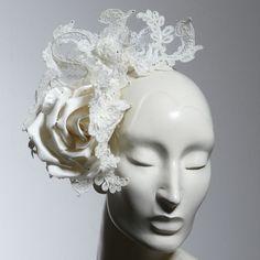 This Philip Treacy headpiece is AMAZING