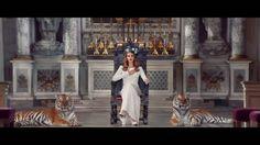 Un de mes rêves en photo, une séance avec des tigres ...  Lana Del Rey : Born To Die
