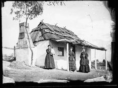 Interesting Victorians in front of Their Houses. Photos people in front of their houses before 1900.