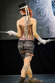Show na podiu- z části žena a z části stroj. To je moje krásná Steampunk modelka Milenka. Interbeauty Prague 11.4.2015, by Jan Hamaďák - Photogallery/FB