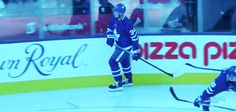 Read - mitch marner - from the story HOCKEY GIFS by bbboeser (L A U R Y N) with 258 reads. Montreal Canadiens, Hockey Players, Tennis Players, Hockey Memes, Funny Hockey, Hockey Quotes, Mitch Marner, Hockey Boards, Hockey Pictures