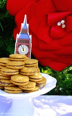 UK London inspired party ideas with printables, DIY decorations, backdrop roses and food ideas for a British Tea Party - perfect for Downton Abbey fans!