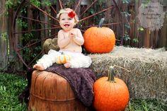 La Dolce Vita Photography Studios: Halloween & Fall Mini Session!