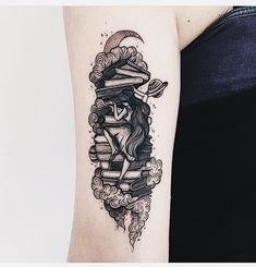 35 Unique Tattoo Ideas for Architecture Lovers is part of Tattoos for lovers - Tattoo designs are a special method of expressing your love for one another There are a lot of tattoos out […] Detailliertes Tattoo, Form Tattoo, Shape Tattoo, Tiny Tattoo, Tattoo Flash, Finger Tattoos, Body Art Tattoos, Small Tattoos, Sleeve Tattoos