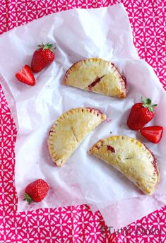 Strawberry-Hand-Pies