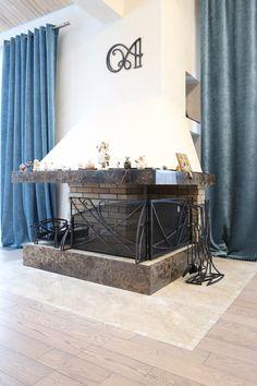 Остановили выбор на таком оформлении камина декоративными элементами?  Контакты специалиста: http://www.metal-made.ru/contacts/