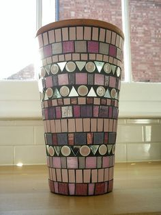 Pink mosaic pot made from vitreous glass tiles, ceramic tiles and mirror Mosaic Planters, Mosaic Flower Pots, Mosaic Garden, River Rock Landscaping, Landscaping With Rocks, Landscaping Ideas, Backyard Landscaping, Mosaic Crafts, Mosaic Projects