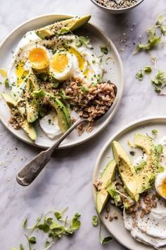 The Best Everything Spice Egg Avocado Yogurt Bowl Recipe Low Carb Vegetarian Diet, Low Carb Diet, Vegetarian Bowl, Healthy Breakfast Recipes, Healthy Snacks, Healthy Recipes, Healthy Protein, Avocado Toast, Avocado Egg
