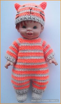 Baby Doll Clothes, Crochet Doll Clothes, Pet Clothes, Barbie Clothes, Crochet Doll Pattern, Crochet Dolls, Crochet Hats, Girl Dolls, Baby Dolls