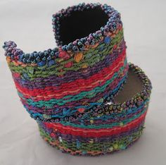A Word From Claudia: Inkle cuff bracelet on the Mirrix Loom Inkle Loom, Woven Bracelets, Loom Beading, Bead Art, Traditional Design, Fiber Art, Crochet Necklace, Weaving, Jewelry Making