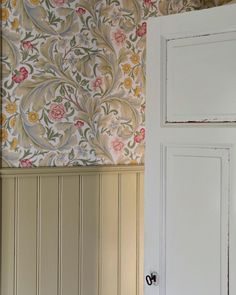 Love Home, Roman Shades, Valance Curtains, Wallpaper, Tyger, Fabric, Painting, Country Living, Tack