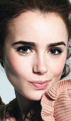 Lily Collins. LOVE THIS GIRL!!!! Perfect Clary.
