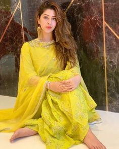 Sonarika Bhadoria ups the glam quotient with her bewitching pictures Photogallery - ETimes Dress Indian Style, Indian Fashion Dresses, Indian Designer Outfits, Indian Outfits, Indian Clothes, Indian Wear, Designer Dresses, Stylish Girls Photos, Stylish Girl Pic