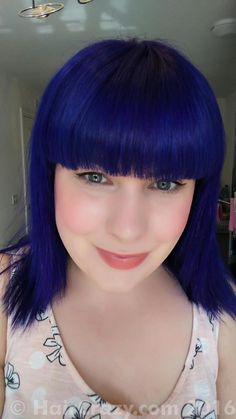 This deep blue hair colour from Special Effects starts out almost black and gets visibly brighter with each wash. Blue Velvet is a rich and faceted dark blue hair dye, which while semi-permanent, can last for several months on bleached hair!  * 118ml * Long-lasting, semi-permanent * No peroxide or ammonia * Not tested on animals