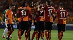 Galatasaray Oo Hal Xilli Ciyaareed Laga Ganaaxay Ka Qeyb-galka Champions League Ama Europa League – (Sababma..