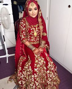 My absolutely #stunning #hijabi #realbride Sungeda on her wedding.  Outfit from…