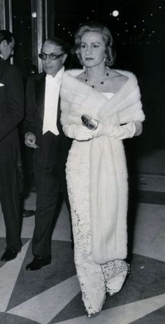 Aristotle and Tina Onassis Christie Hefner, Jacqueline Kennedy Onassis, Magazine Images, Maria Callas, Famous Men, Golden Age Of Hollywood, Event Photos, Her Style, Dress To Impress