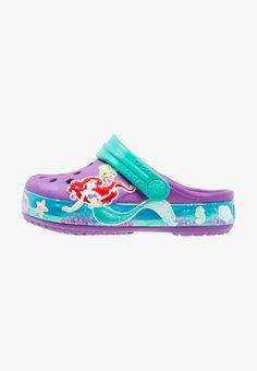 0cafeb738 maat 30 Crocs PRINCESS ARIEL - Slippers - amethyst - Zalando.be Disney  Shoes