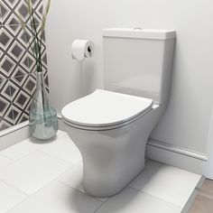 Compact Round close coupled toilet and installation pack