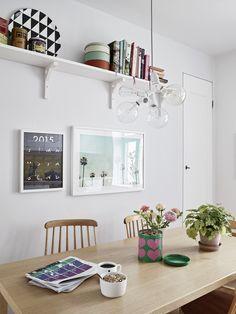 Love this look esp the  Scandinavian high shelf